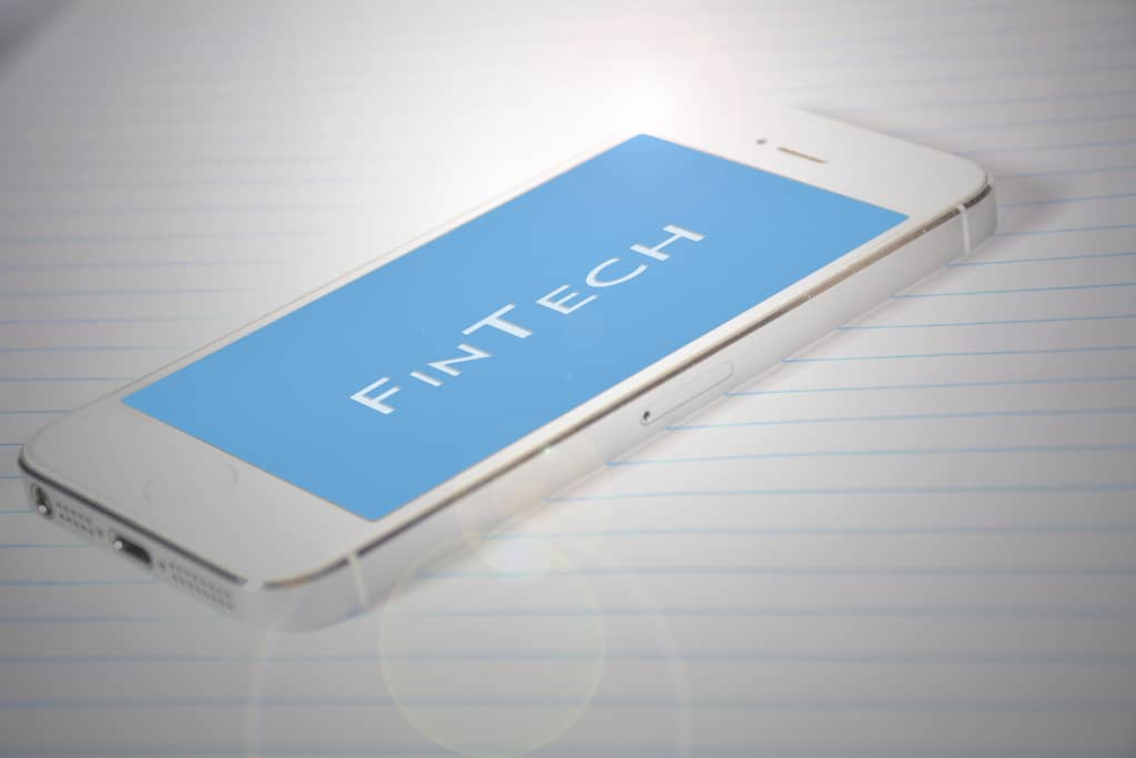 Chinese Banks Lag Global Institutions Badly in Fintech